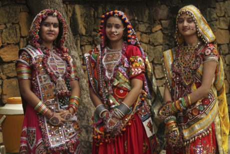 Gujarat traditional costumes culture and tradition of india